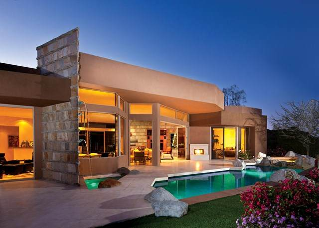 154 Kiva Drive, Palm Desert, CA 92260 (#219047141DA) :: The Najar Group