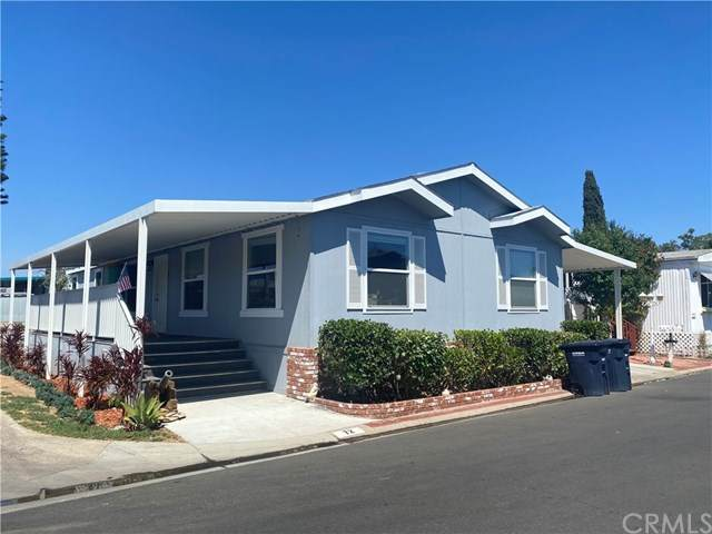 24922 Muirlands Boulevard #72, Lake Forest, CA 92630 (#OC20155892) :: Z Team OC Real Estate