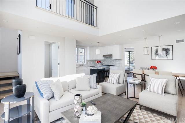 2711 First Avenue, Corona Del Mar, CA 92625 (#OC20155484) :: Sperry Residential Group