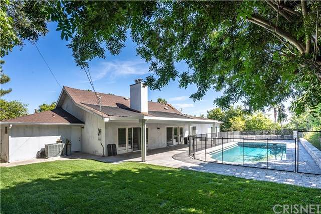23722 Ladrillo Street, Woodland Hills, CA 91367 (#SR20156450) :: Sperry Residential Group