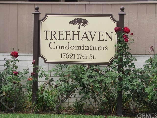17621 17th Street 20D, Tustin, CA 92780 (#PW20156432) :: The Laffins Real Estate Team