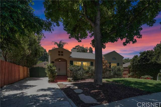21036 Costanso Street, Woodland Hills, CA 91364 (#SR20156463) :: Sperry Residential Group