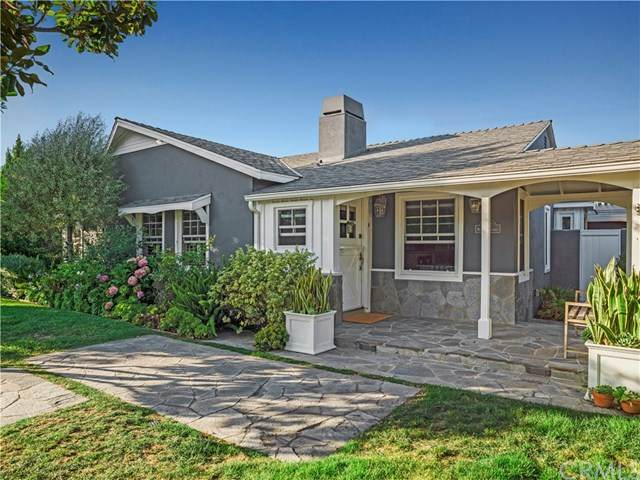 422 Magnolia Street, Costa Mesa, CA 92627 (#NP20151160) :: The Laffins Real Estate Team