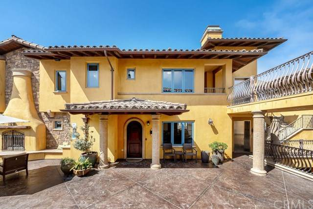 160 Hinds Avenue #205, Pismo Beach, CA 93449 (#PI20156690) :: Realty ONE Group Empire