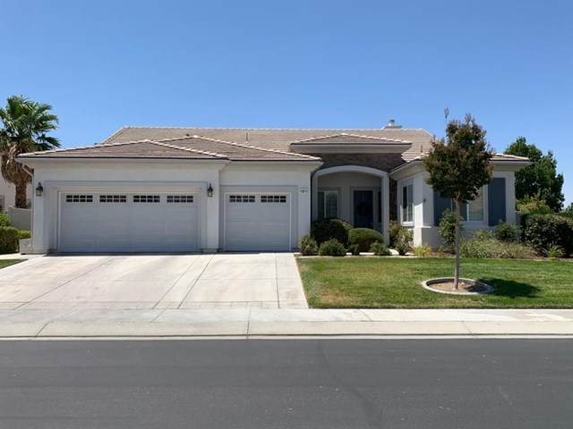 10875 Aster Lane, Apple Valley, CA 92308 (#526876) :: Z Team OC Real Estate