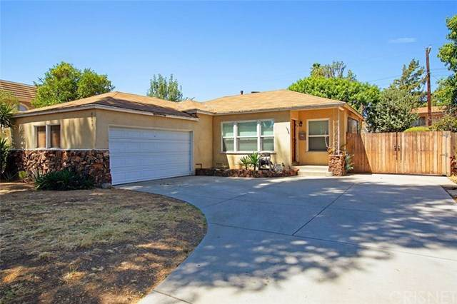 6639 Ruffner Avenue, Lake Balboa, CA 91406 (#SR20156887) :: Team Tami