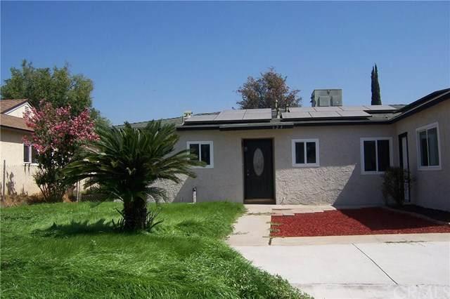 624 E Mckinley Street, Rialto, CA 92376 (#EV20157260) :: Compass