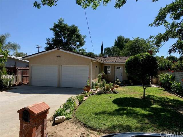 25160 Everett Drive, Newhall, CA 91321 (#SW20157766) :: Sperry Residential Group