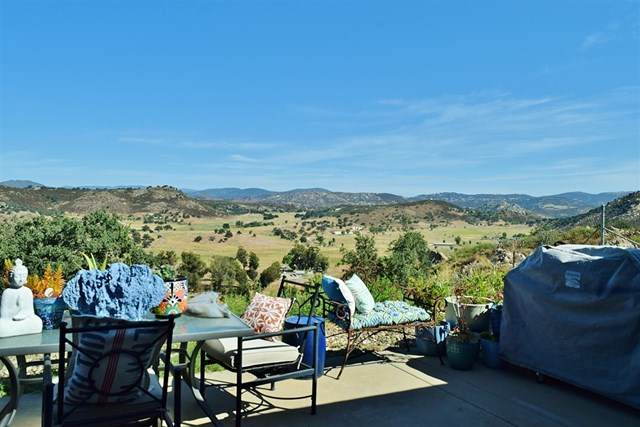 27177 Moon Crest Road, Ramona, CA 92065 (#200037552) :: Sperry Residential Group