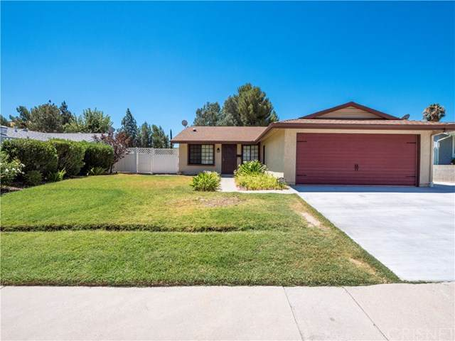 14608 Mums Meadow Court, Canyon Country, CA 91387 (#SR20158246) :: Sperry Residential Group
