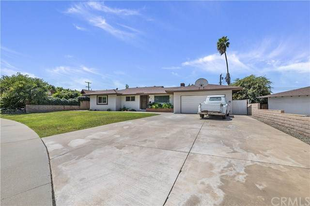 598 W Campus View Drive, Riverside, CA 92507 (#IV20158383) :: American Real Estate List & Sell