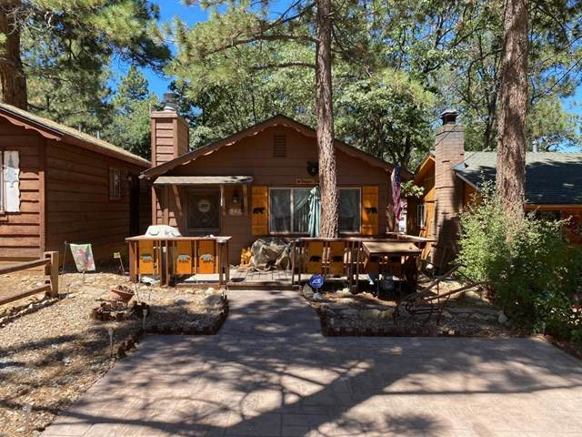 342 Los Angeles Avenue, Big Bear, CA 92314 (#526889) :: American Real Estate List & Sell