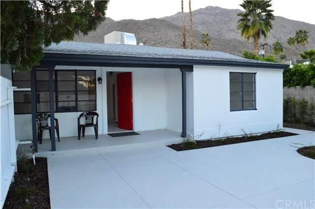 221 Avenida Ortega, Palm Springs, CA 92264 (#SW20153212) :: Sperry Residential Group