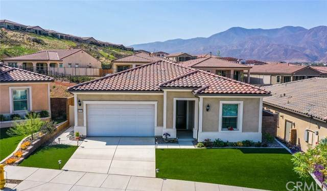 11169 Fourleaf Court, Corona, CA 92883 (#IG20156882) :: Allison James Estates and Homes