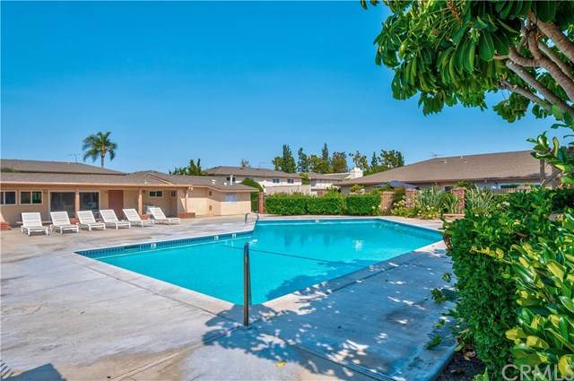 1881 Mitchell Avenue #54, Tustin, CA 92780 (#PW20158662) :: The Laffins Real Estate Team