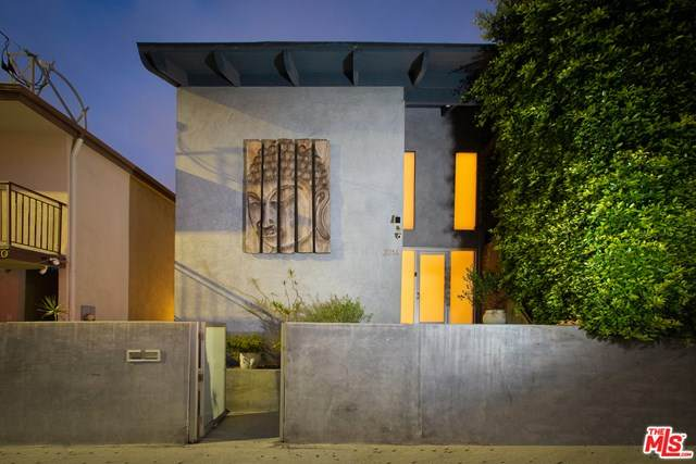 2014 Pacific Avenue, Venice, CA 90291 (#20609932) :: Powerhouse Real Estate