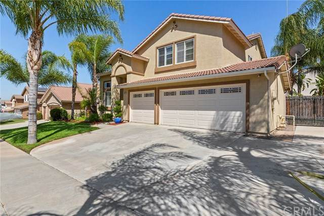 2527 Heavenly Way, Corona, CA 92881 (#PW20159038) :: Allison James Estates and Homes