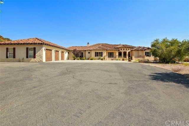 37700 Calle De Lobo, Murrieta, CA 92562 (#CV20118507) :: Sperry Residential Group