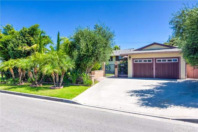 1404 W Laster Avenue, Anaheim, CA 92802 (#OC20144695) :: Sperry Residential Group