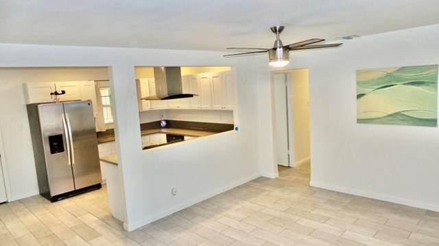 43822 Junipero Avenue, Indio, CA 92201 (#219047357DA) :: Sperry Residential Group