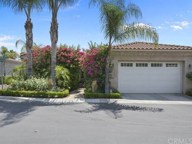 5640 Queen Palms Drive, Riverside, CA 92506 (#IV20159629) :: The Marelly Group | Compass