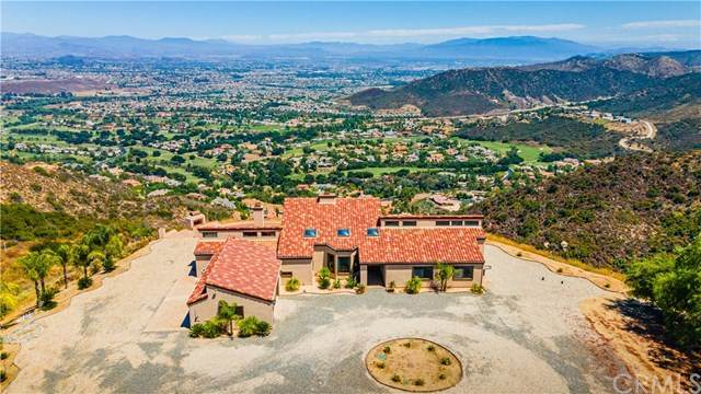 37289 Via Majorca, Murrieta, CA 92562 (#SW20155296) :: Sperry Residential Group