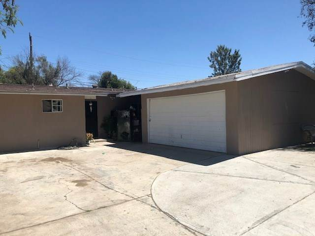 1712 S Hamilton Boulevard, Pomona, CA 91766 (#IG20158305) :: Sperry Residential Group