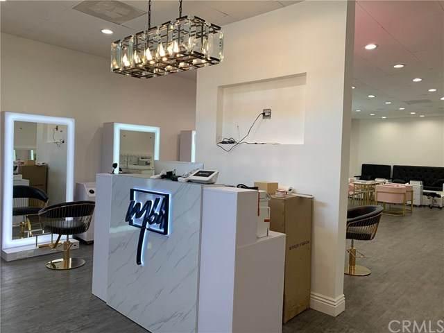 10682 Balboa Boulevard, Granada Hills, CA 91344 (#BB20159390) :: Z Team OC Real Estate
