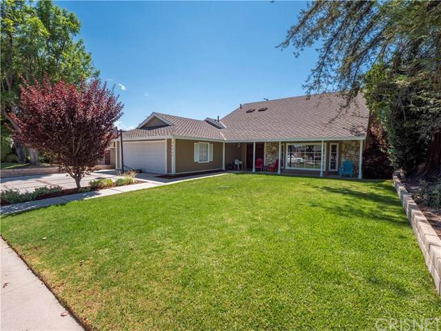 10043 Sunnybrae Avenue, Chatsworth, CA 91311 (#SR20159425) :: Team Forss Realty Group