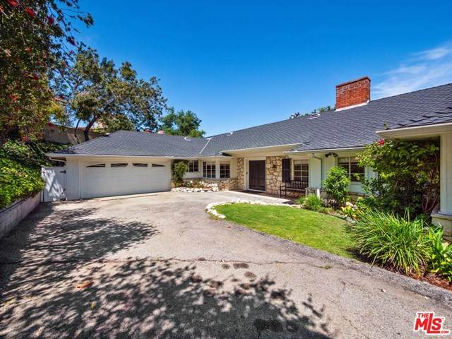 204 Ashdale Place, Los Angeles (City), CA 90049 (#20615138) :: Sperry Residential Group