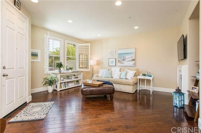 272 Via Antonio, Newbury Park, CA 91320 (#SR20155206) :: Crudo & Associates