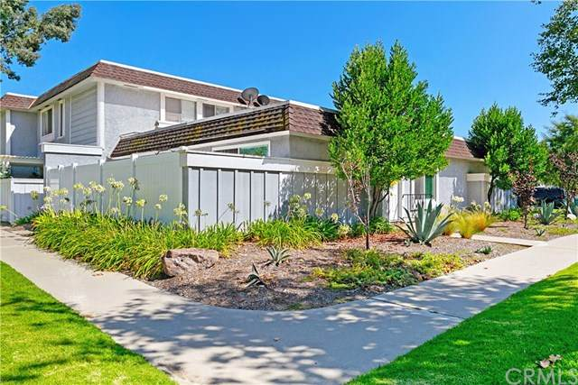 26201 Via Roble, Mission Viejo, CA 92691 (#OC20160286) :: Berkshire Hathaway HomeServices California Properties