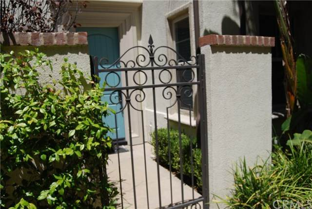537 S Casita Street, Anaheim, CA 92805 (#PW20160291) :: The Marelly Group | Compass