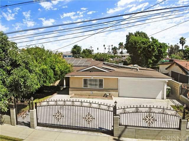 16033 Vose Street, Lake Balboa, CA 91406 (#SR20160434) :: Sperry Residential Group