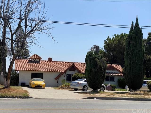 2805 W Rialto Avenue, Rialto, CA 92376 (#WS20160430) :: The DeBonis Team