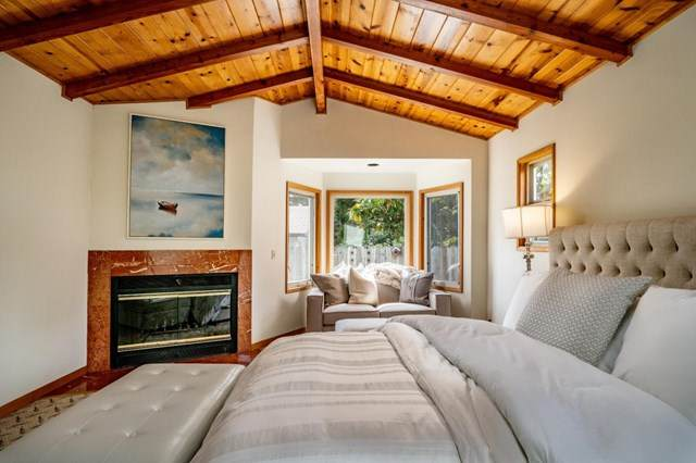 1322 Buena Vista Avenue, Pacific Grove, CA 93950 (#ML81805205) :: Frank Kenny Real Estate Team