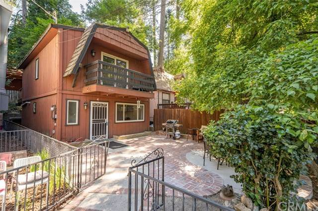 22903 Waters Drive, Crestline, CA 92325 (#EV20161204) :: Sperry Residential Group