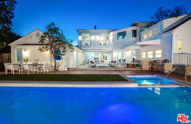356 S Westgate Avenue, Los Angeles (City), CA 90049 (#20612648) :: Doherty Real Estate Group
