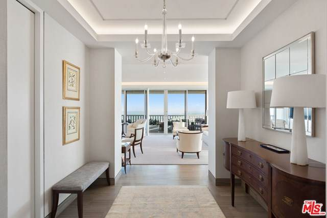 9255 Doheny Road #2402, West Hollywood, CA 90069 (#20614814) :: Powerhouse Real Estate