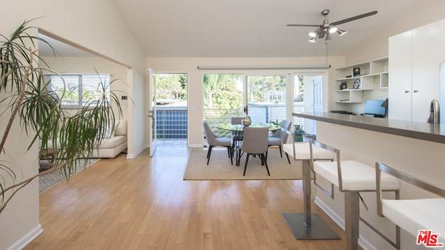2216 4Th Street #7, Santa Monica, CA 90405 (#20615900) :: Crudo & Associates