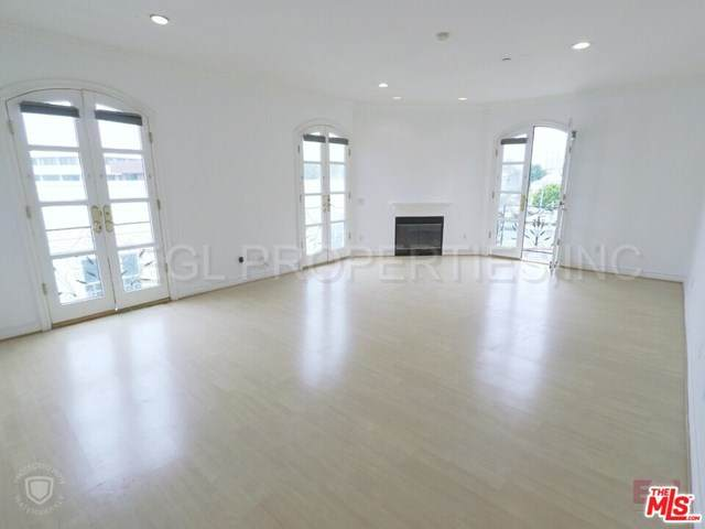 353 S Reeves Drive #401, Beverly Hills, CA 90212 (#20615888) :: Powerhouse Real Estate