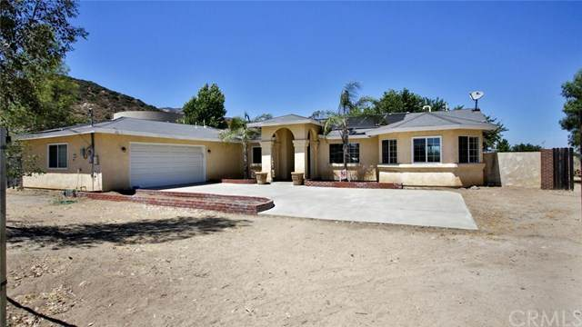 33141 Bryant Street, Wildomar, CA 92595 (#CV20161729) :: Anderson Real Estate Group