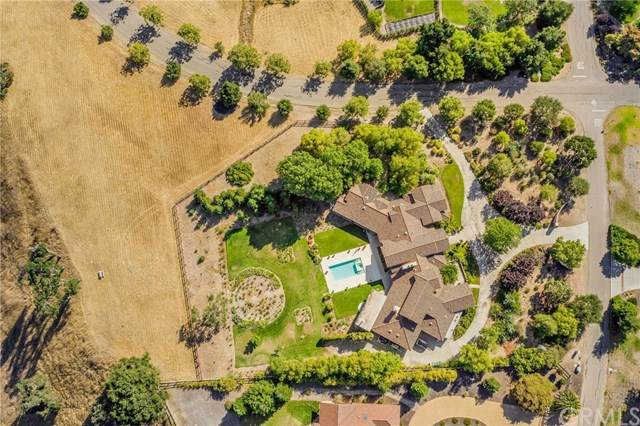 2060 Dermanak Drive, Solvang, CA 93463 (MLS #SB20158717) :: Desert Area Homes For Sale