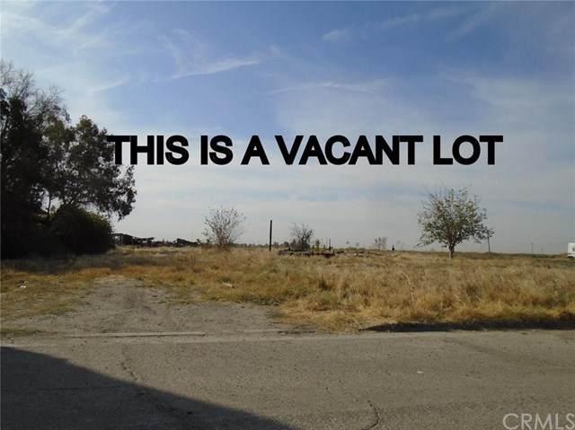 8813 Almond, Dos Palos, CA 93620 (#FR20161854) :: Allison James Estates and Homes