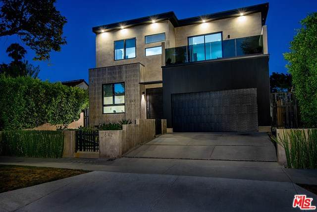 642 S Sycamore Avenue, Los Angeles (City), CA 90036 (#20616452) :: Millman Team