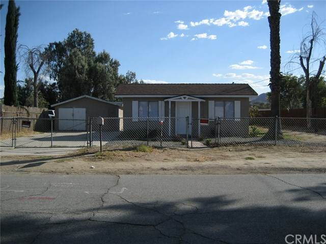 473 E Caroline Street, San Bernardino, CA 92408 (#IV20161623) :: Sperry Residential Group
