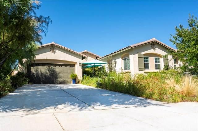 327 Pinnacle Street, Perris, CA 92570 (#SW20161471) :: Mainstreet Realtors®