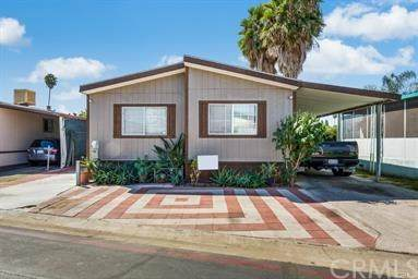 306 Castle Ln, Santa Ana, CA 92703 (#PW20162093) :: Sperry Residential Group