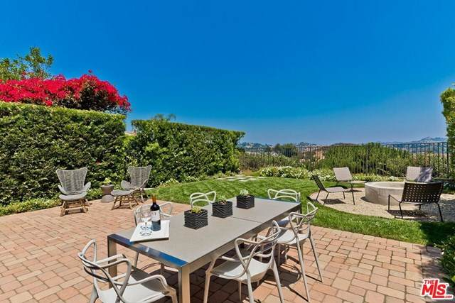 2468 Angelo Drive, Los Angeles (City), CA 90077 (#20616762) :: Sperry Residential Group