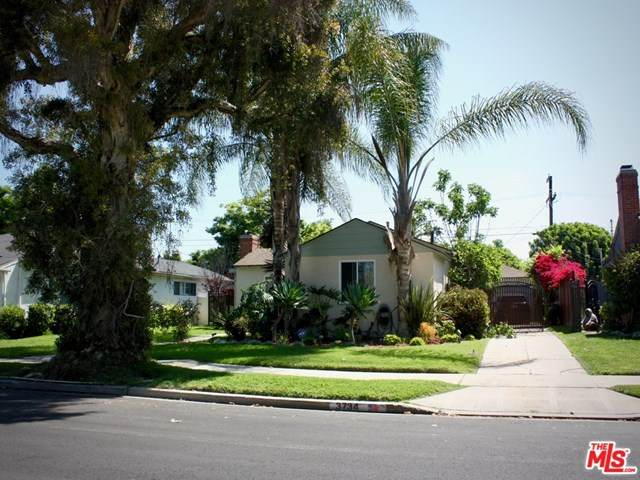 3734 Olmsted Avenue, Los Angeles (City), CA 90018 (#20615988) :: The Najar Group